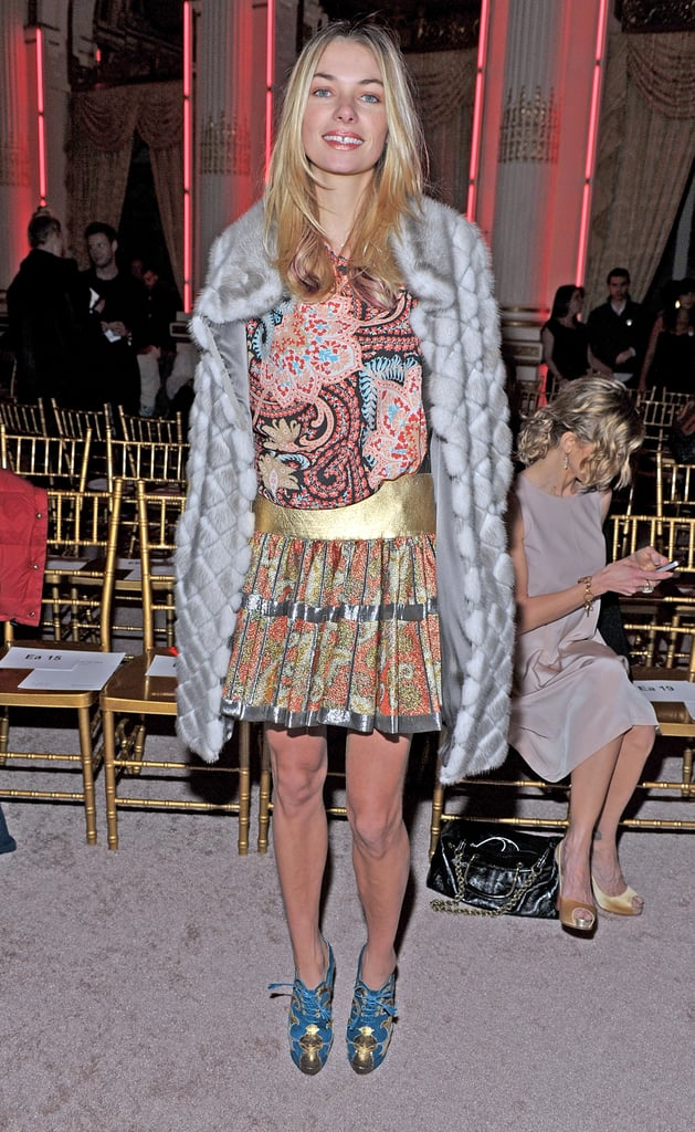 Model Jessica Hart wore mixed prints at the Thakoon show.