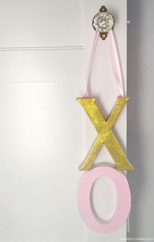 DIY XO Door Hanger