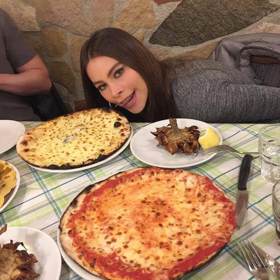 Sofia Vergara Eating Pizza in Rome