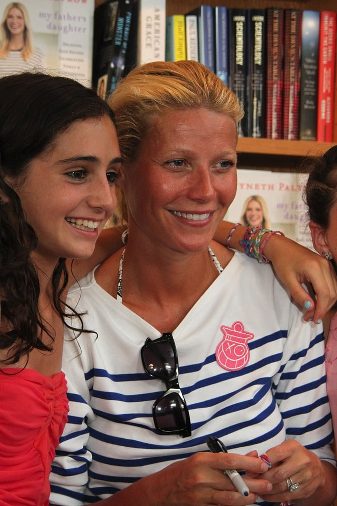 Gwyneth Paltrow posed with fans.