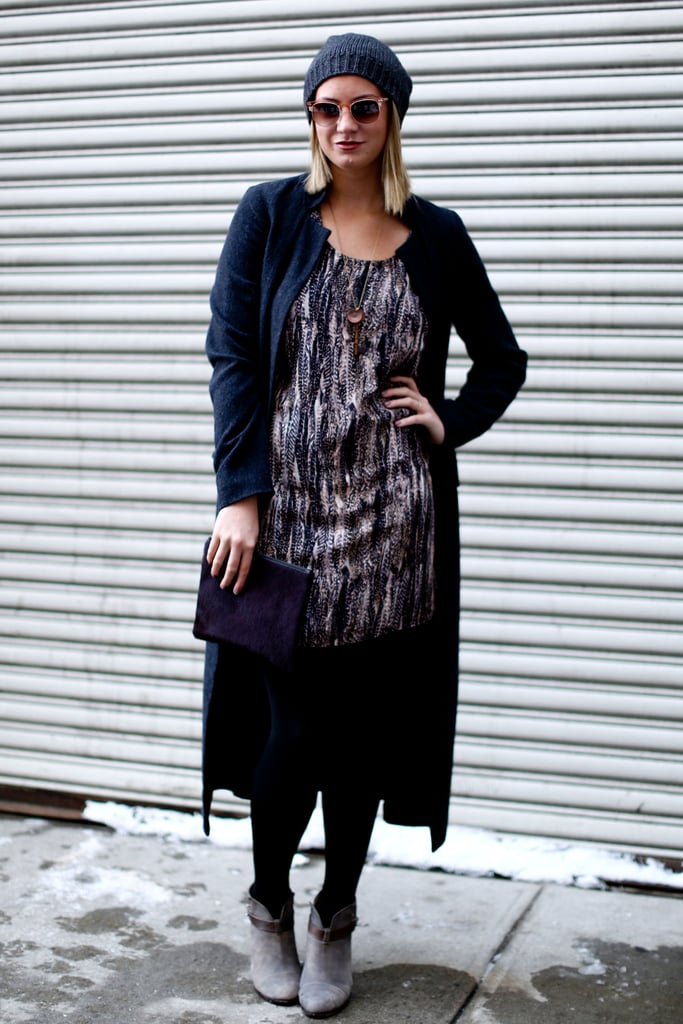 A beanie kept this abstract dress looking street-chic — not overdone for daytime.