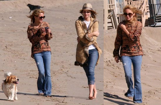 Mischa and Nicole De-Stress at the Beach