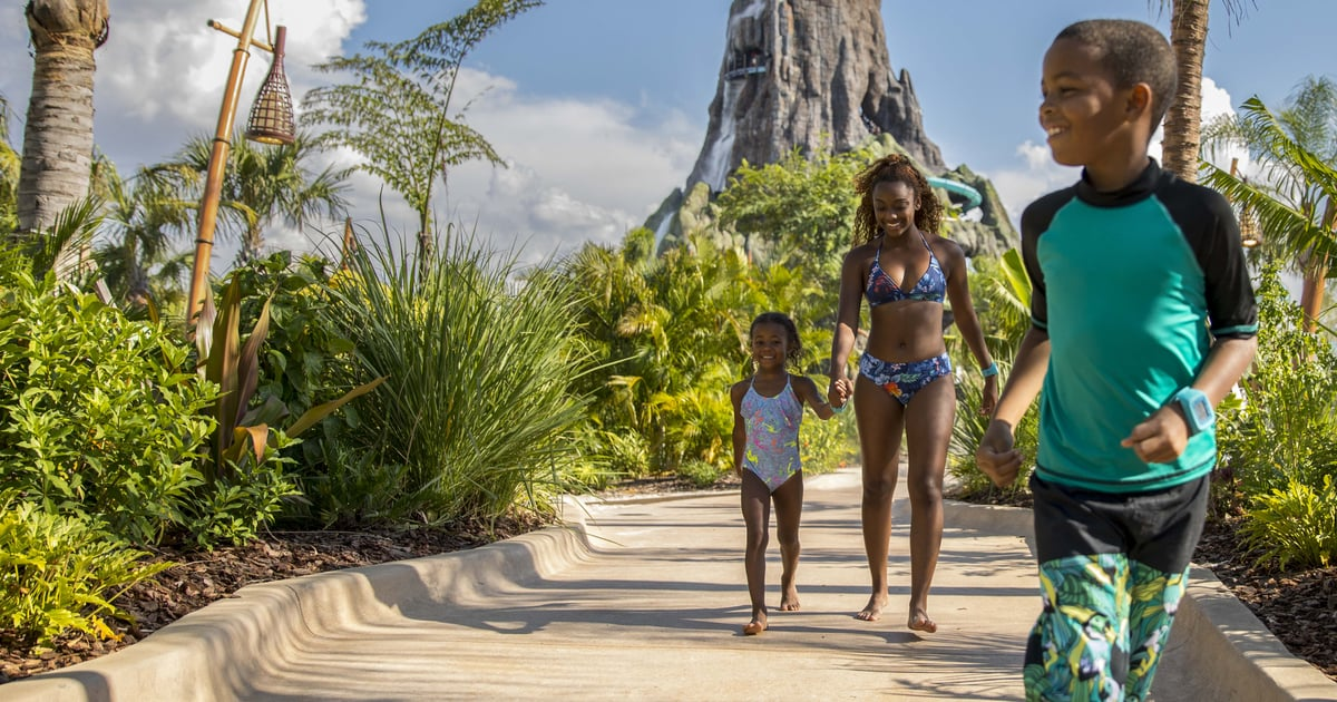 The 12 Tips You Need to Know Before Booking Your Next Universal Orlando Family Vacation.jpg