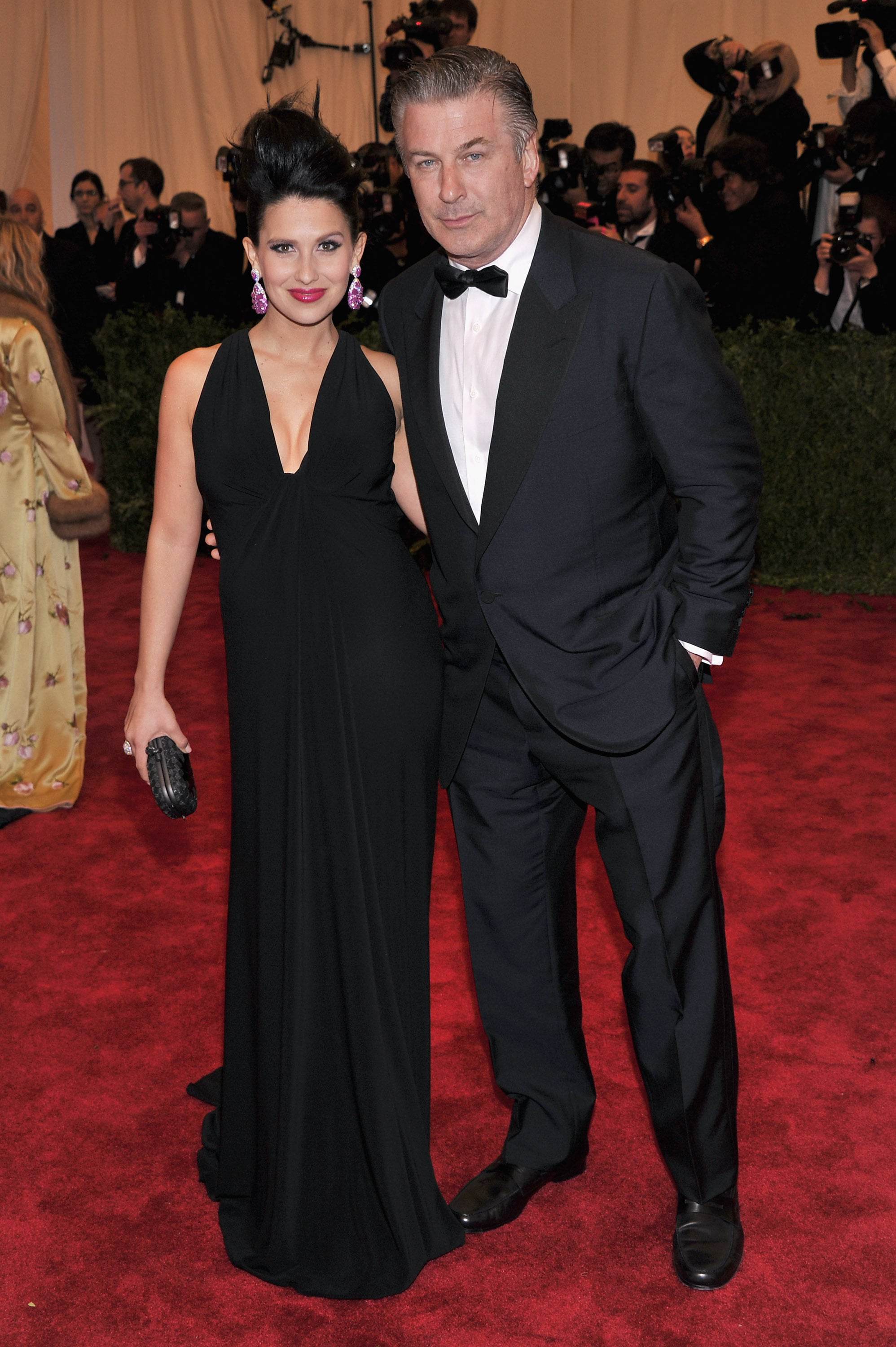 Pregnant hilaria thomas and her husband alec baldwin stopped for a