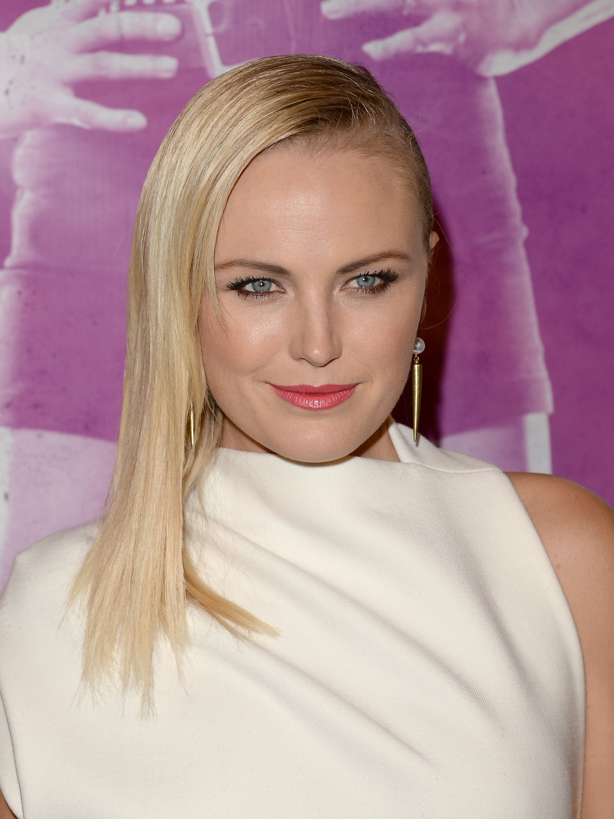 Upon first glance, you would think Malin Akerman had an appointment with the shears, but it's just a superstraight, slicked-back style.