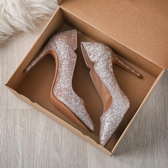 كيف تمددين الأحذية الجلدية