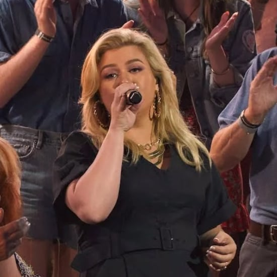 """Kelly Clarkson Singing """"If I Could Turn Back Time"""" Video"""