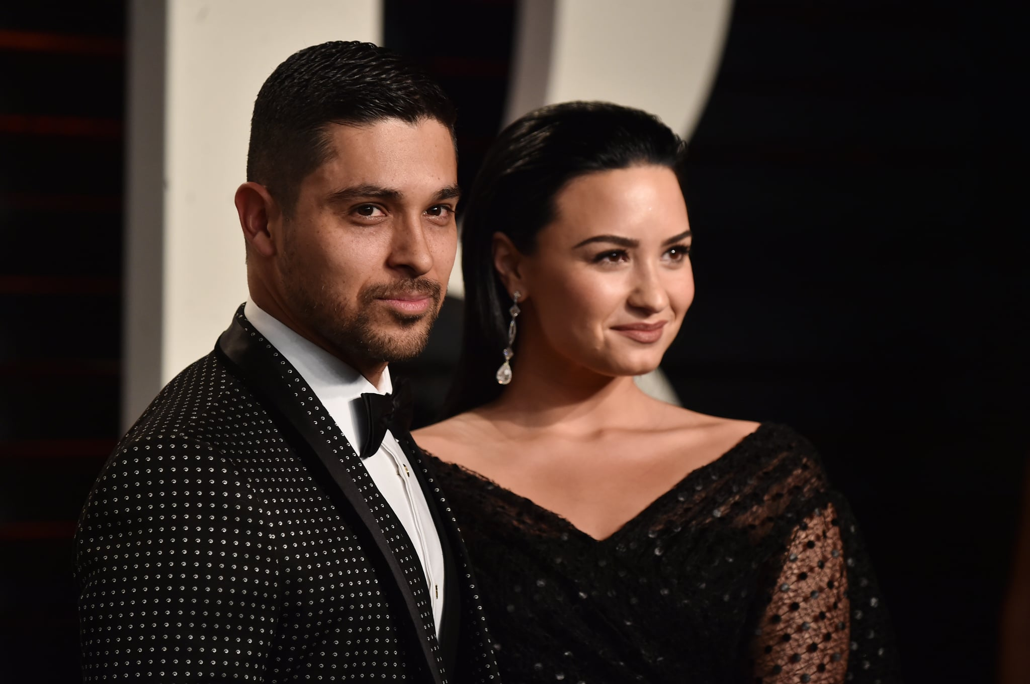 BEVERLY HILLS, CA - FEBRUARY 28:  Actor Wilmer Valderrama (L) and singer Demi Lovato attend the 2016 Vanity Fair Oscar Party hosted By Graydon Carter at Wallis Annenberg Centre for the Performing Arts on February 28, 2016 in Beverly Hills, California.  (Photo by Alberto E. Rodriguez/WireImage)