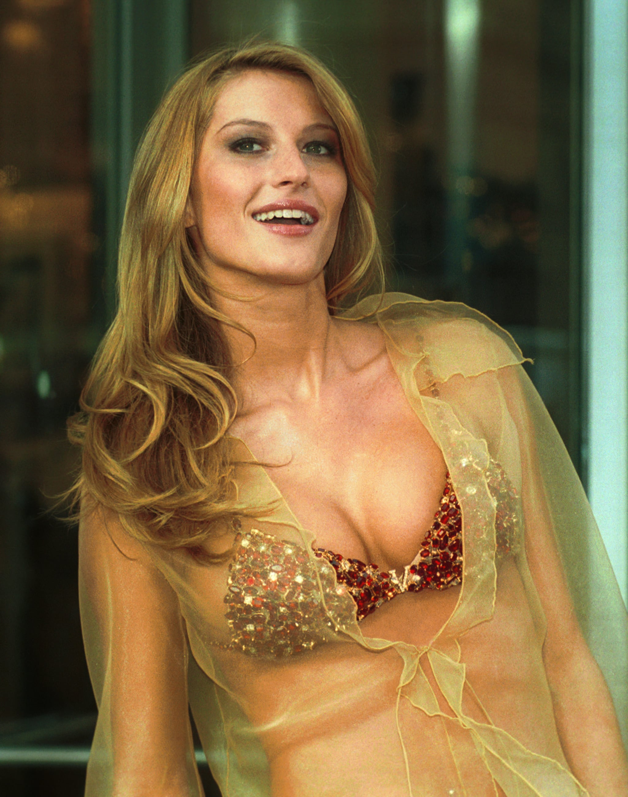 Year 2000 sexy lingeri