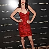 Juliette Lewis surprised us all in her hot red lace stunner. Love the matching red lips and nails, too.