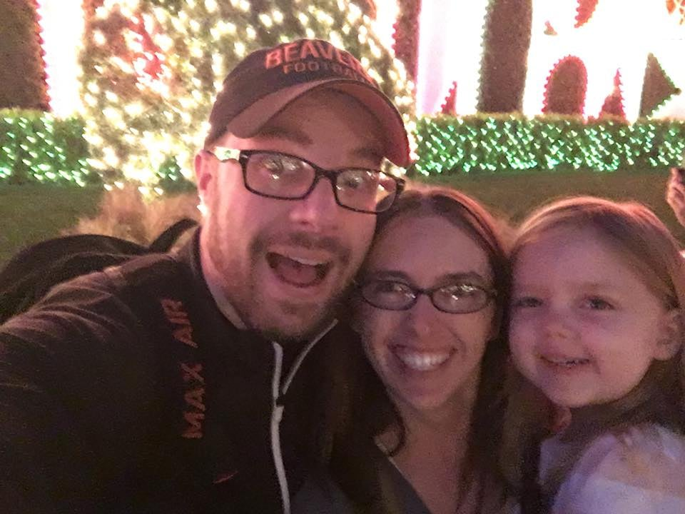 """This Dad's List of """"Highlights"""" From His Trip to Disneyland With 3 Kids Will Have You Rolling"""