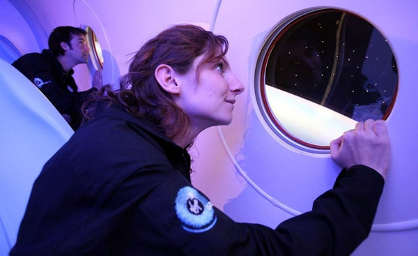 Angelina and Brad Set To Ride Virgin Galactic Spaceship