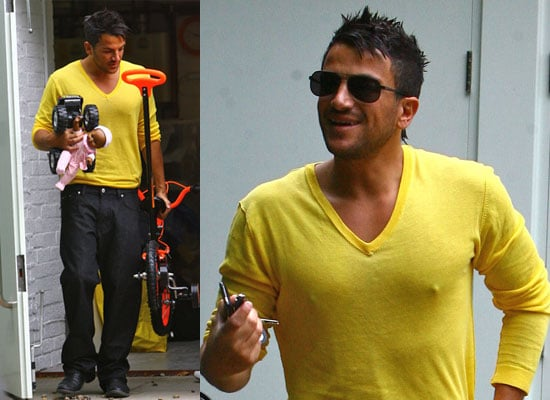 10/6/2009 Peter Andre Moving in to New House