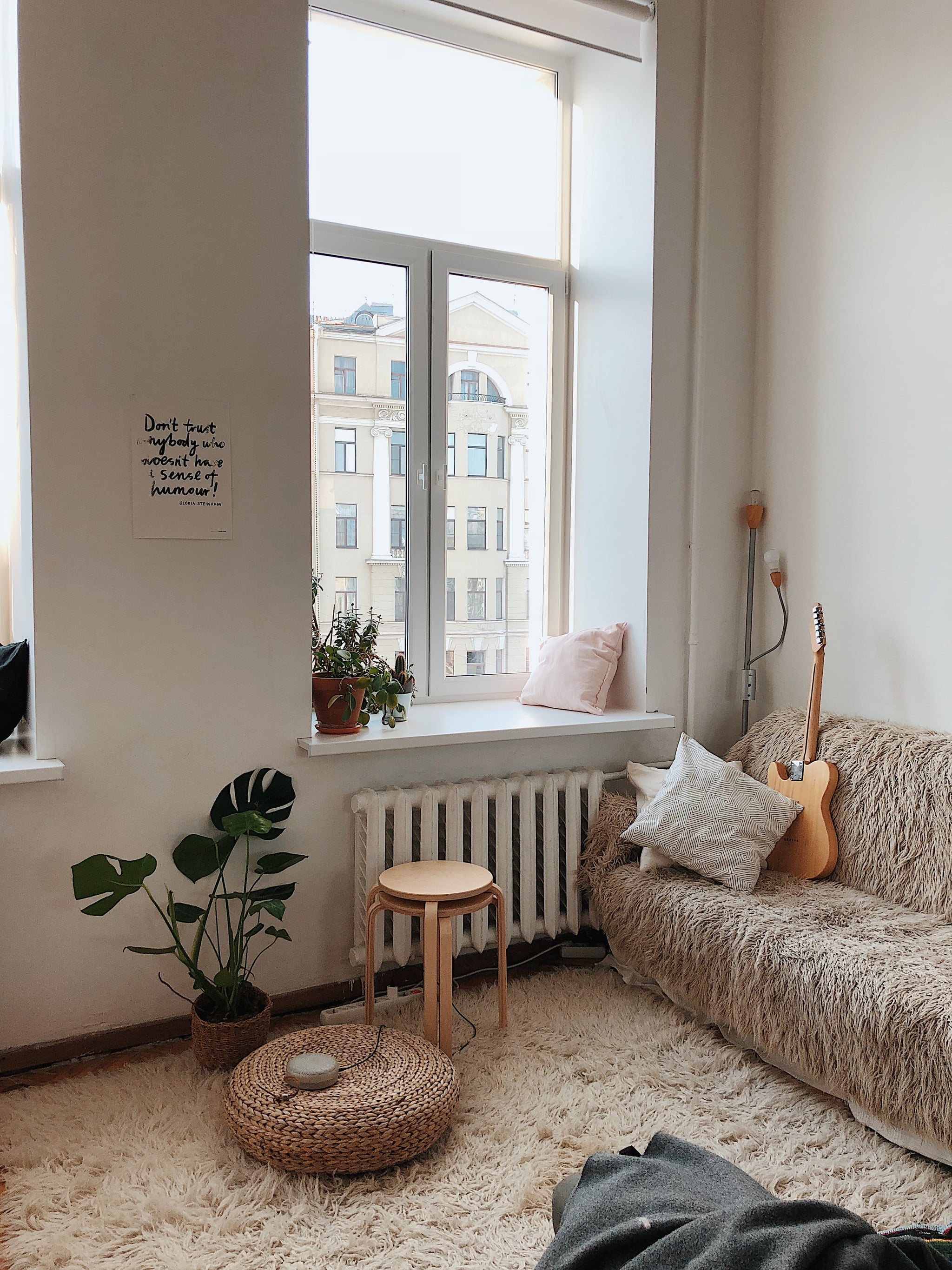 tmp_olLjS8_77576dfdf9961a22_apartment-architecture-chair-892618.jpg