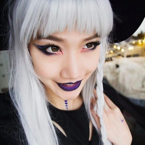 Glam Witch Halloween Makeup Ideas