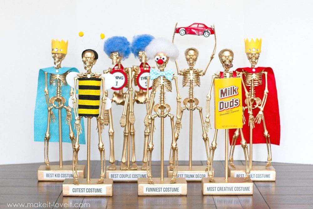 sc 1 st  Popsugar & DIY Halloween Costume Award Trophies | POPSUGAR Smart Living