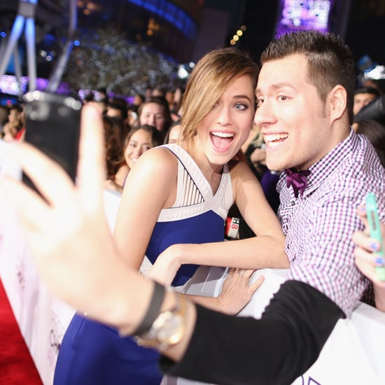 People's Choice Awards Fan Selfies 2014 | Pictures