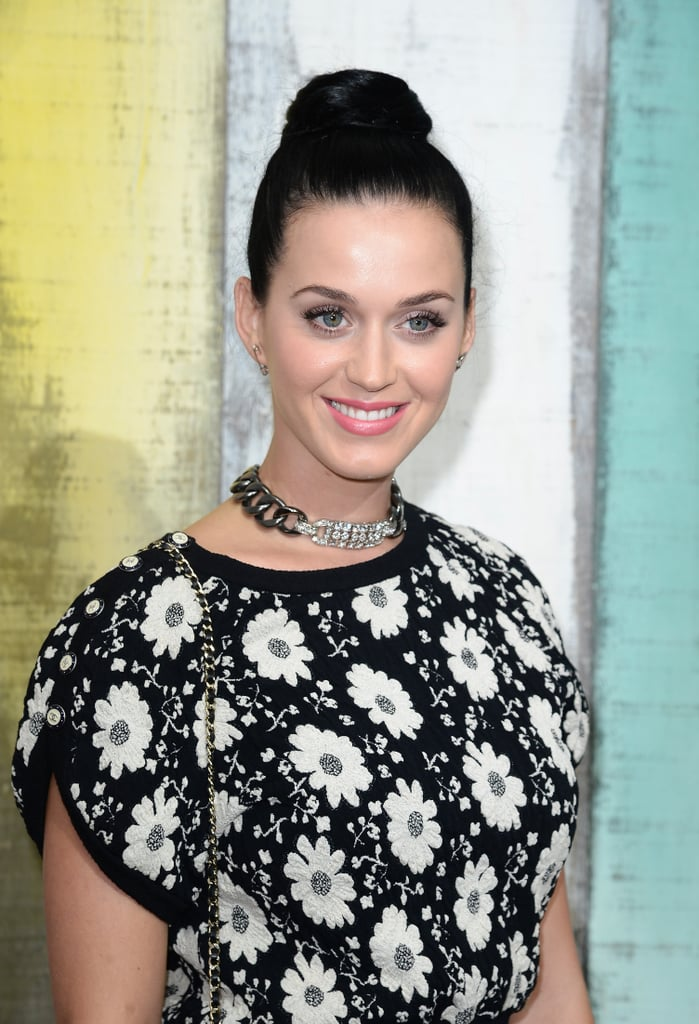 Katy Perry wore a bejeweled choker.