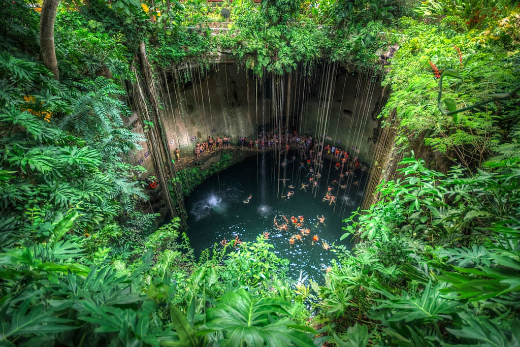 This Mexican Sinkhole Is Basically Your Favourite Atari Game in Real Life