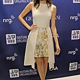 Allison Williams wore a cream-colored frock.