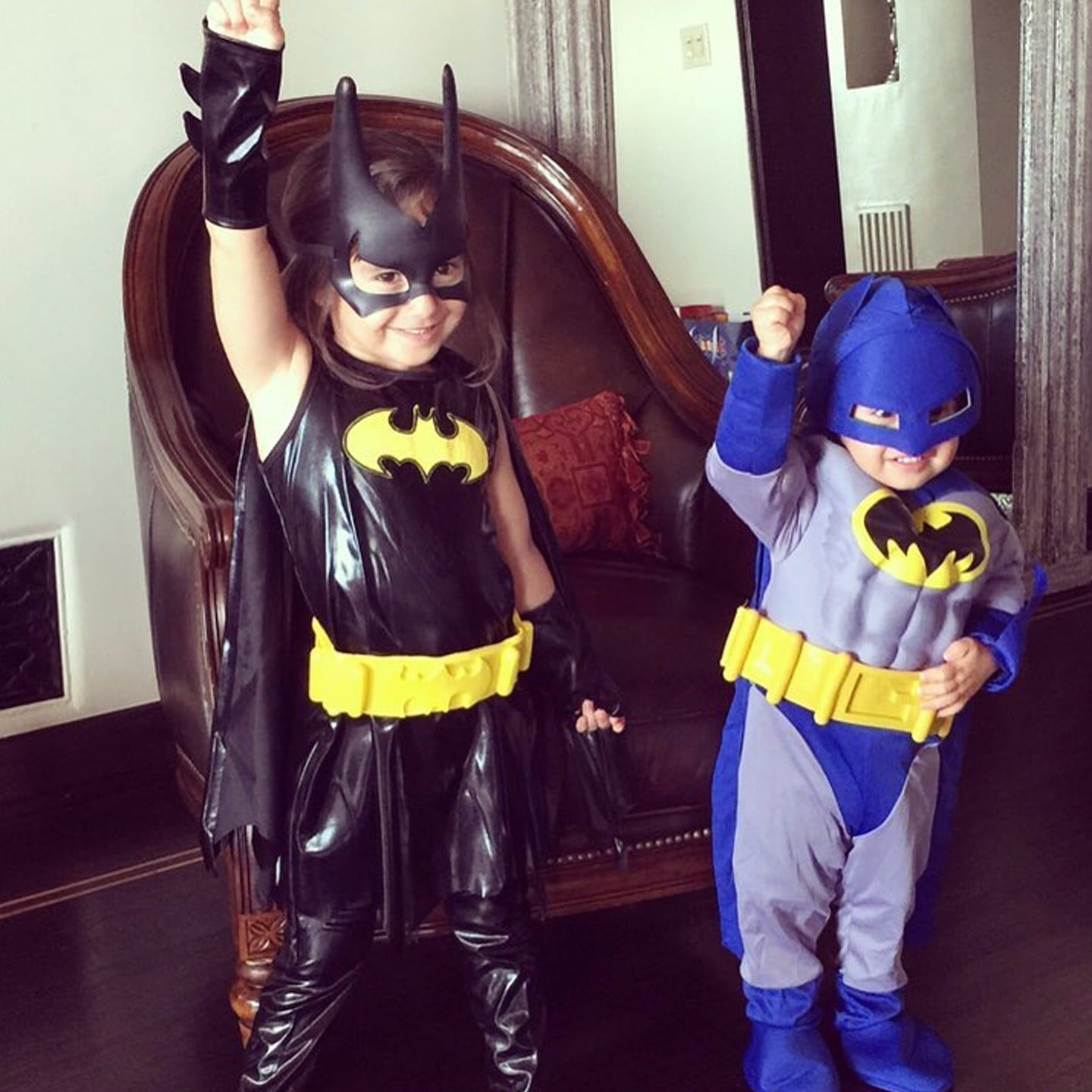 Mario Lopezu0027s Kids Wearing Superhero Costumes Instagram | POPSUGAR Latina : kids hero costume  - Germanpascual.Com