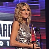 Heidi Klum presented at the American Music Awards.