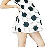 والدة عشّاق كرة القدم (المستقبليّة)