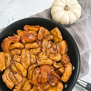 I Made Trader Joe's Skillet-Baked Pumpkin Rolls, and Damn, These Are Delicious