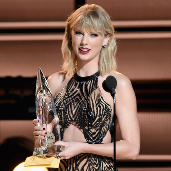 Taylor Swift at the CMA Awards 2016