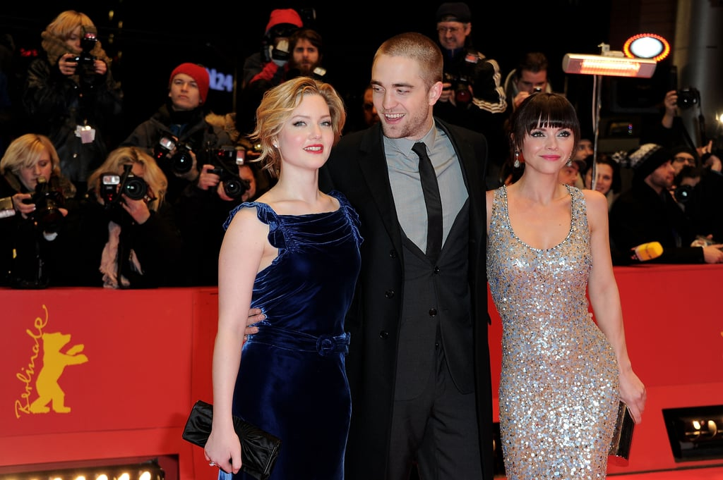 Rob posed with his two gorgeous co-stars.