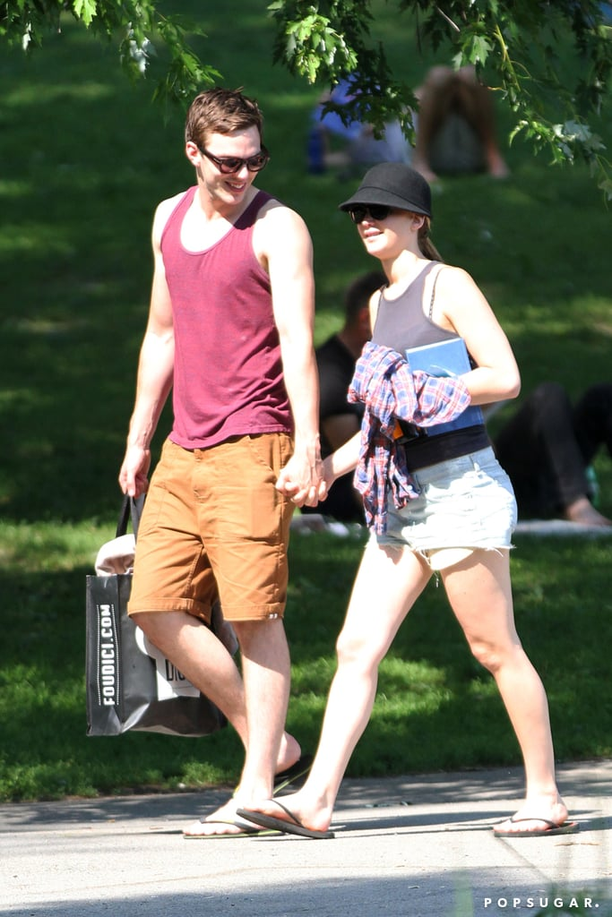 Jennifer Lawrence and Nicholas Hoult had an adorable date in the park.