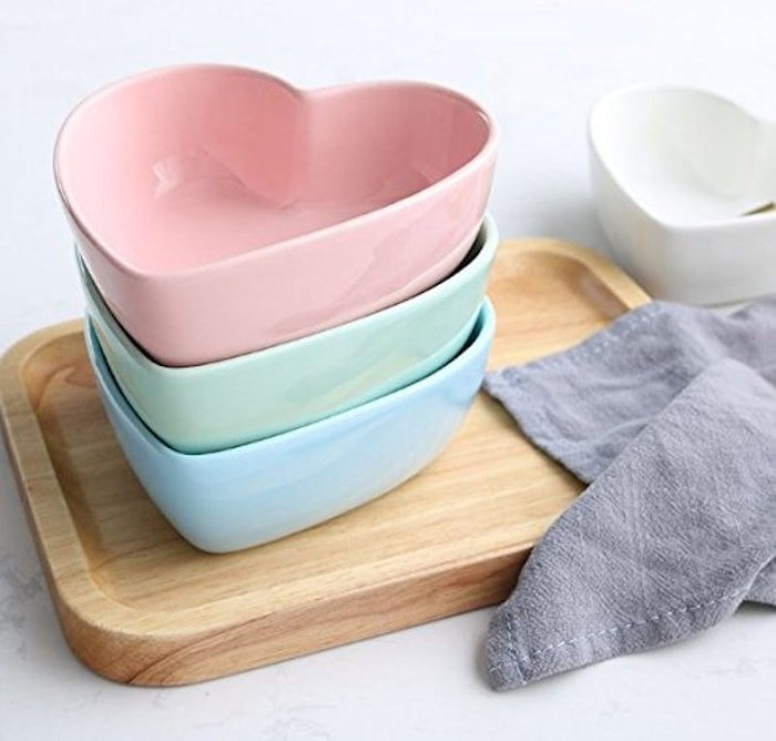 Stock Show Heart-Shape Ceramic Bowls