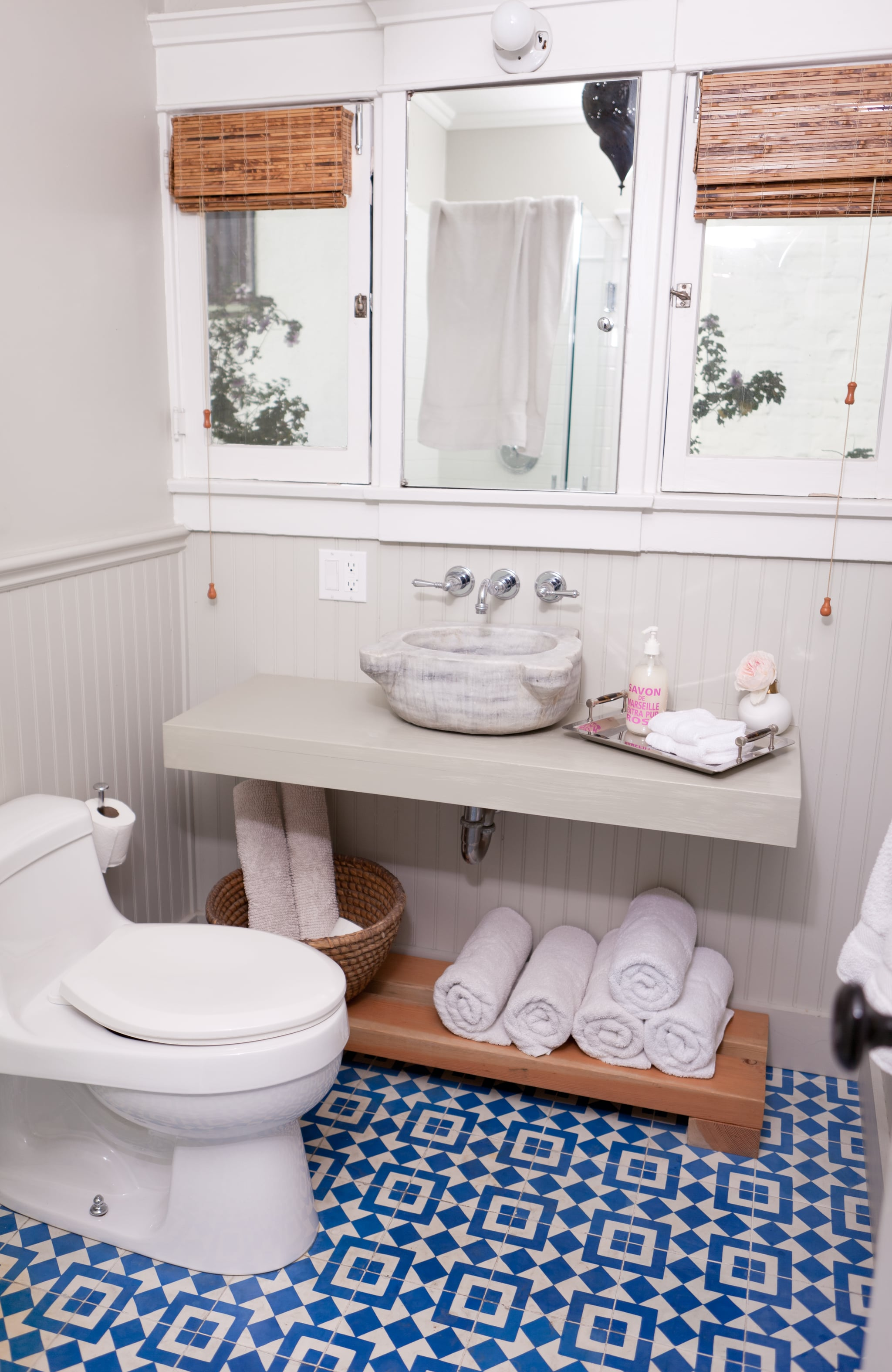 How HGTV Stars Decorate Bathrooms | POPSUGAR Home
