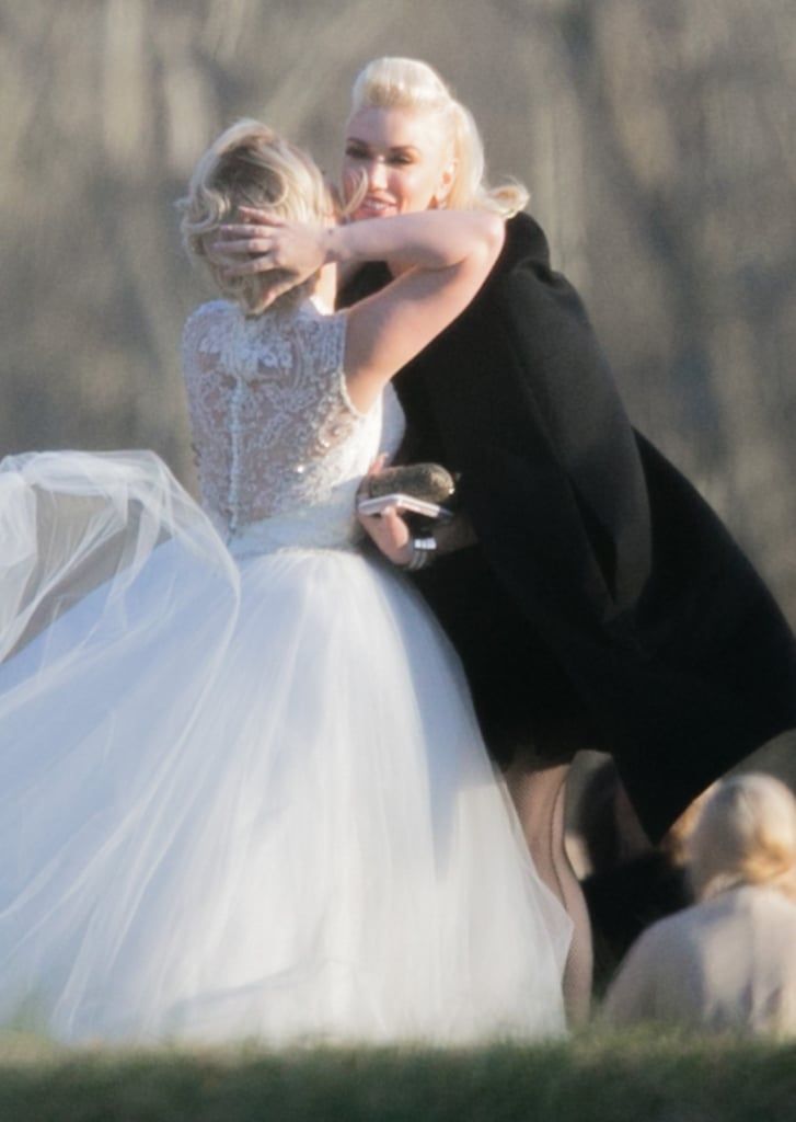 Gwen stefani and blake shelton at raelynns wedding 2016 gwen stefani and blake shelton take on a tennessee wedding together junglespirit Images