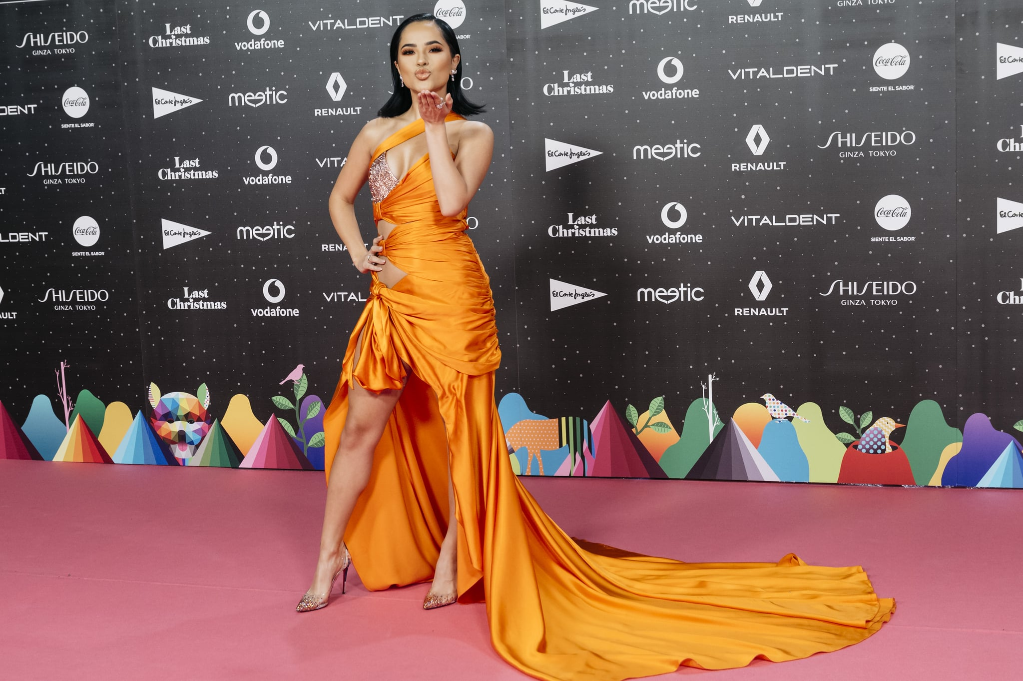 MADRID, SPAIN - NOVEMBER 08: American singer, songwriter and actres Becky G attends 'Los40 music awards 2019' photocall at Wizink Center on November 08, 2019 in Madrid, Spain. (Photo by Mariano Regidor/WireImage)