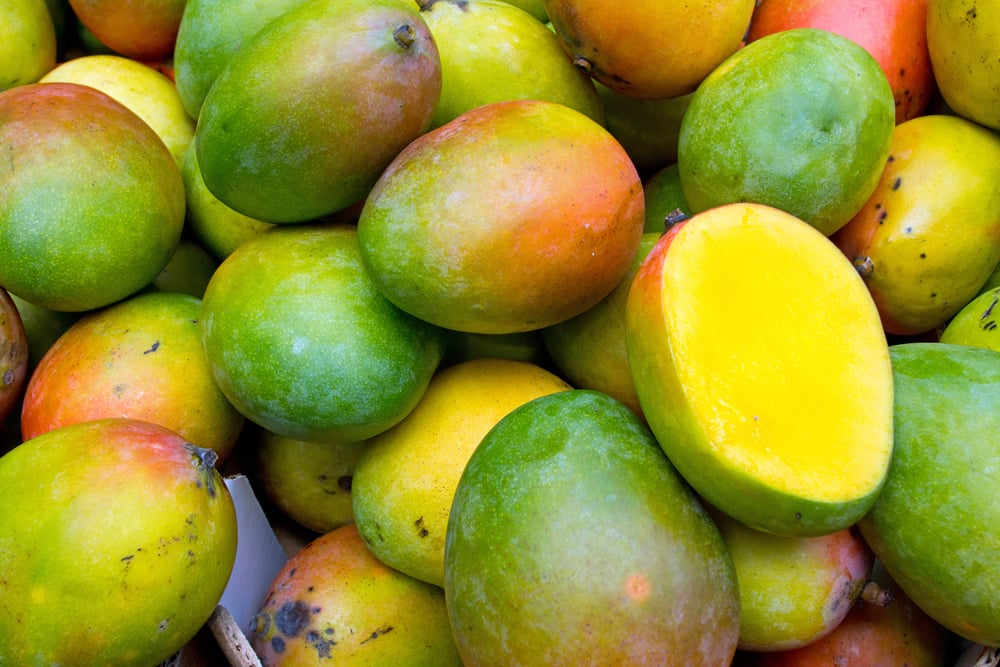 The Spring Food: Mangoes