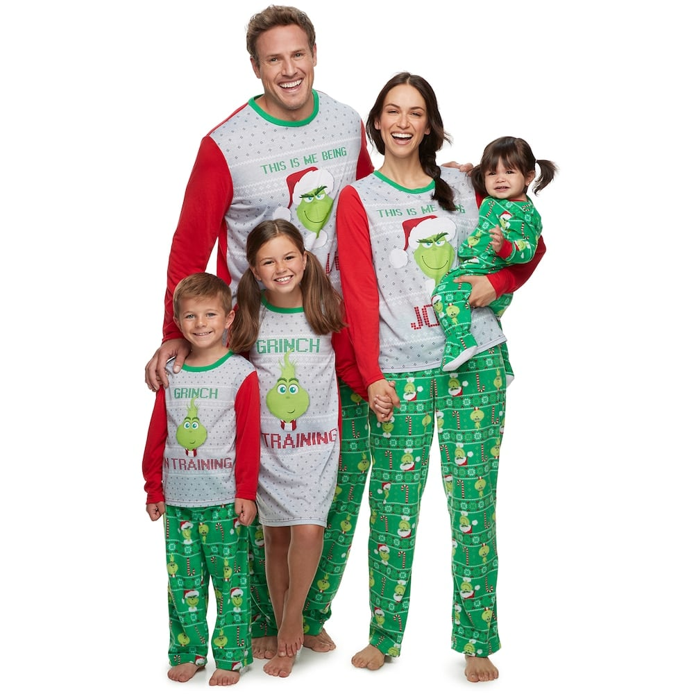 Best Family Christmas Pajamas.Jammies For Your Families Jolly Grinch Family Pajamas The