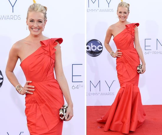 Pictures of Cat Deeley in red Tadashi Shoji gown the red carpet at the 2012 Emmy Awards