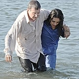 Mila Kunis helped Robin Williams to shore.