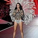 Adriana Lima's Last Victoria's Secret Fashion Show Reactions