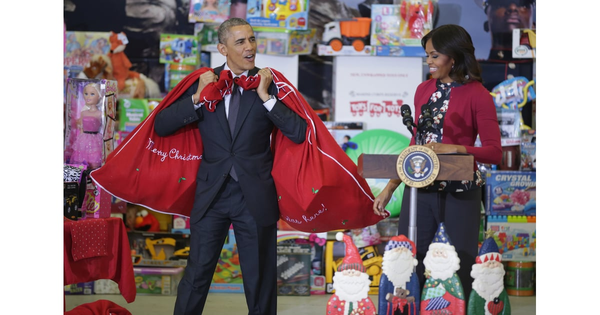 Black And White Toys For Tots : Obamas at the marine corps toys for tots event