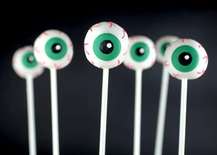Eyeball Cake Pops | Halloween Cake Pops | POPSUGAR Moms Photo 9