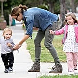 Jennifer Garner and Kids Shopping in Santa Monica
