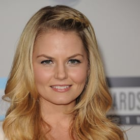 Jennifer Morrison at 2011 American Music Awards