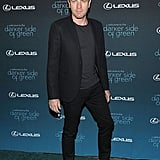 I love this man — both for his acting chops and keen style. Ewan looks sharp in a shrunken blazer and pants and white Duckie shoes.