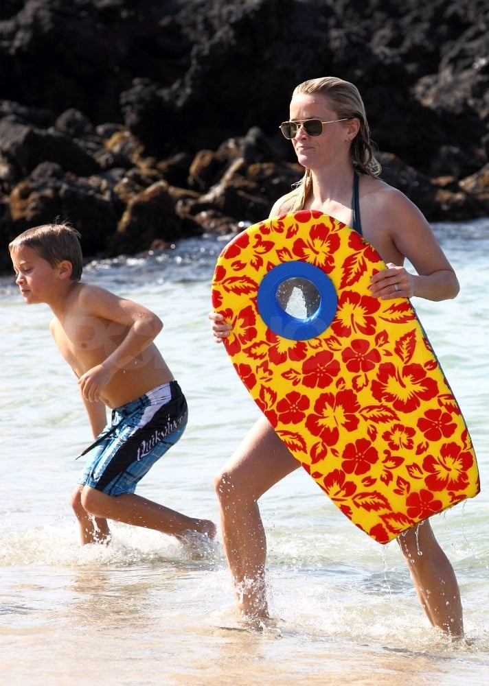 Reese, Ava, and Deacon Hang Ten in Hawaii