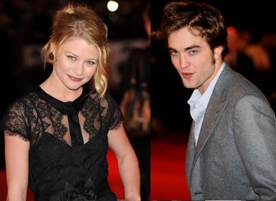 Interviews With Remember Me Cast Robert Pattinson and Emilie De Ravin About Pierce Brosnan, Chris Cooper, Ruby Jerins, Biscuits 2010-03-31 00:00:00
