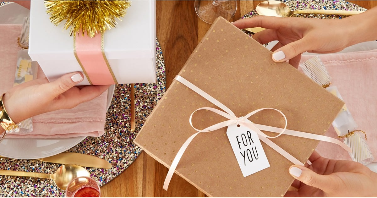 PopsugarCelebrityGift Guide2017 Holiday Gift GuideDon't Miss Our Live Holiday Gift Guide Show!November 29, 2017 by Shannon Murphy4 SharesChat with us on Facebook Messenger. Learn what's trending across POPSUGAR.Between shopping, party hopping, traveling, and spreading good cheer, the holidays are the most wonderful — and stressful — time of the year. We're here to help you navigate this busy buying season with gifting inspiration that keeps spirits merry and bright. RSVP to our annual Live Holiday Gift Guide, where our editors will present their top gift picks. The best part? We'll have exciting $500 giveaways! This year, you're bound to find something special for everyone on your list.RSVP NOW!Image Source: POPSUGAR Photography / Diggy Lloyd Join the conversationChat with us on Facebook Messenger. Learn what's trending across POPSUGAR.Gift GuideFrom Our PartnersWant more?Get the Daily Inside ScoopSign up for our Celebrity & Entertainment newsletter.By signing up, I agree to the Terms & to receive emails - 웹