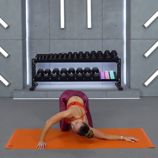 Try This 20-Minute Upper-Body and Neck Stretching Routine