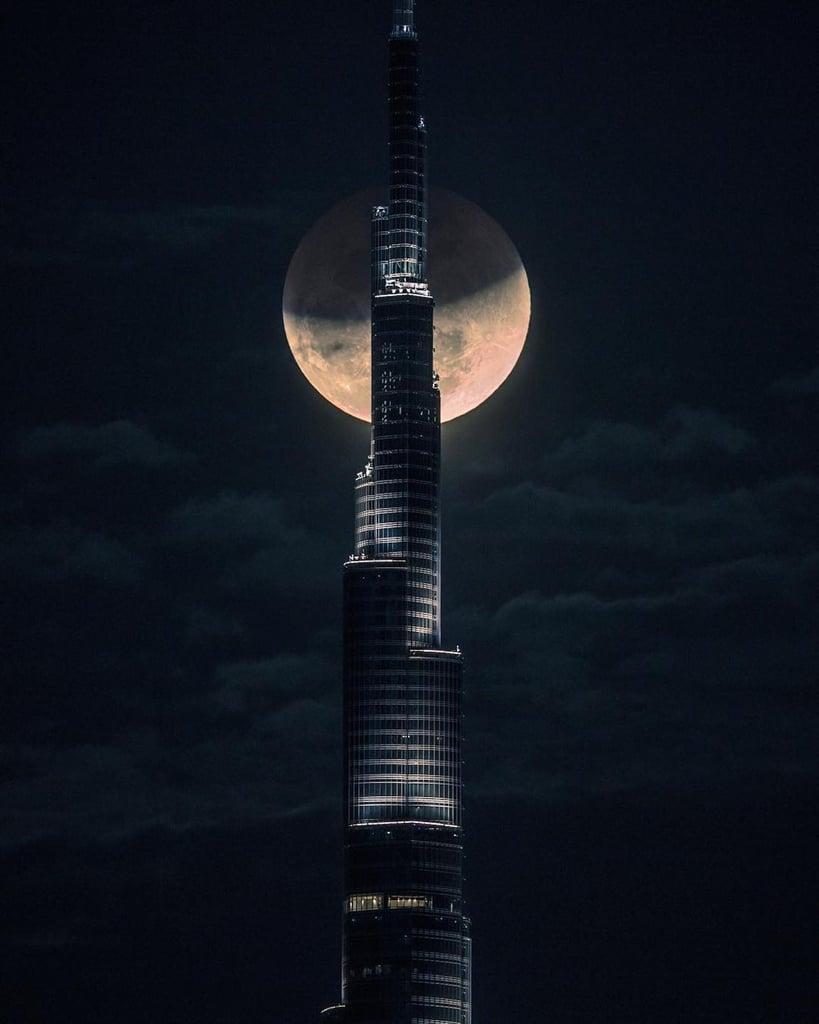 القمر الأزرق الدموي العملاق 2018